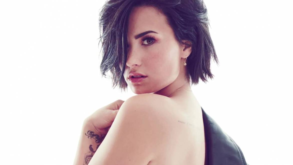 Demi Lovato Gives Social Media A Break, Stone-Cold Quits Twitter And Instagram